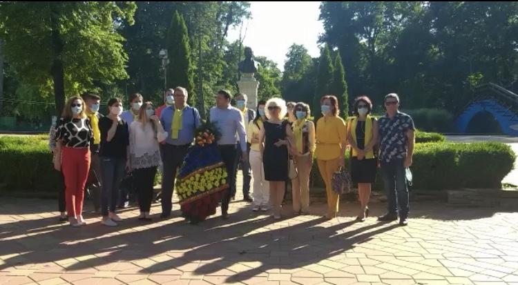 "PNL Botoșani: ""Omagiu etern poetului nepereche!"""