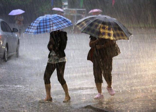 Cod galben de ploi torențiale a fost emis, duminică, de Administrația Națională de Meteorologie (ANM)
