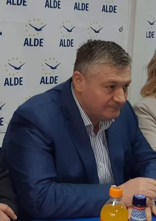 """Florin Țurcanu către PSD: """"Dacă nu v-au ajuns 22 de ani să conduceți județul Botoșani, cât vă mai trebuie ca să asigurați condiții decente de trai botoșănenilor?"""""""