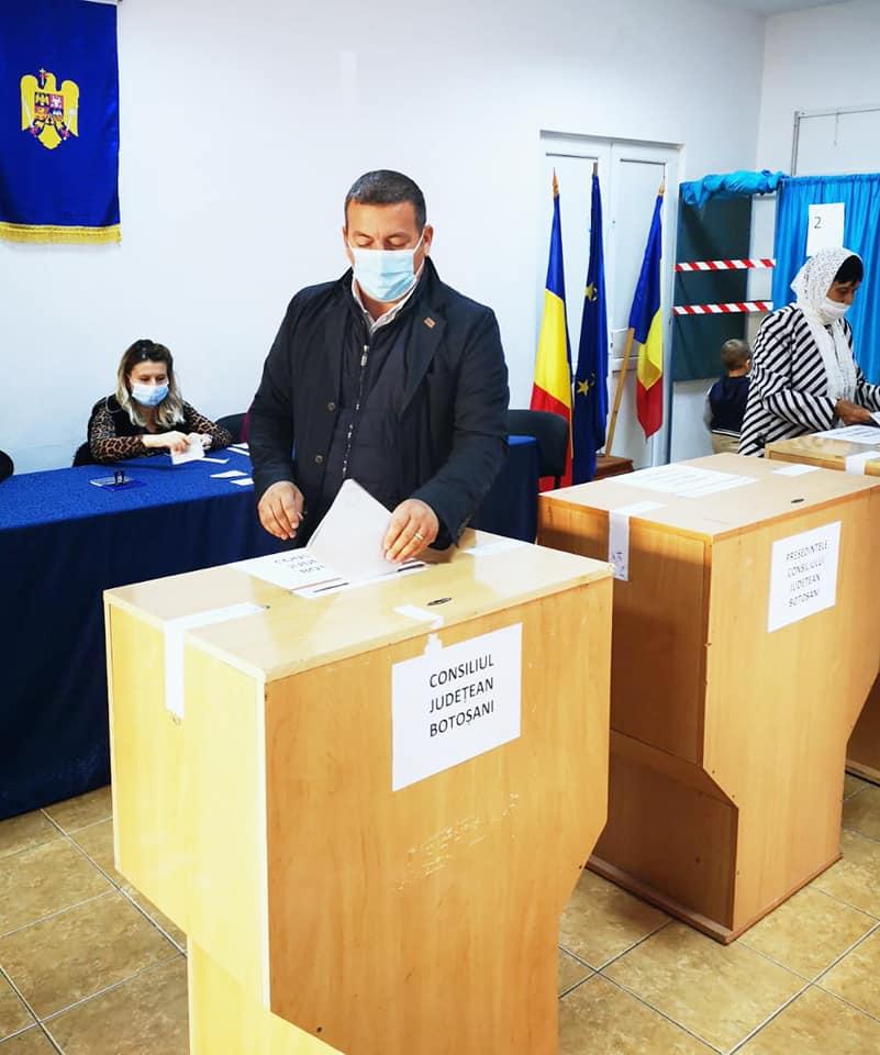 """Bogdan Dăscălescu candidatul ALDE pentru presedintia CJ: """" Îmi doresc ca ziua de astăzi să producă schimbarea, iar în curând cuvintele """"județ dezvoltat"""" să capete împreună un sens"""""""