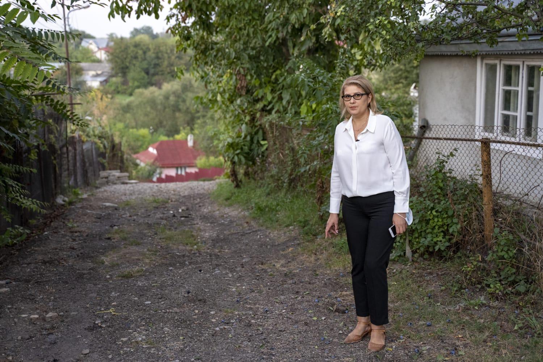 """(P)  Roxana Florentina Țurcanu: """"Nu știu ce a fost mai important pentru factorii decidenți de la nivel local – bucuria copiilor sau cea a proprietarilor de mașini?"""""""