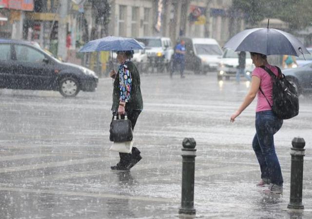 Cod portocaliu. Meteorologii anunță ploi abundente în jumătate de țară