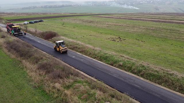 Constructor desemnat pentru modernizarea drumului Prăjeni – Plugari