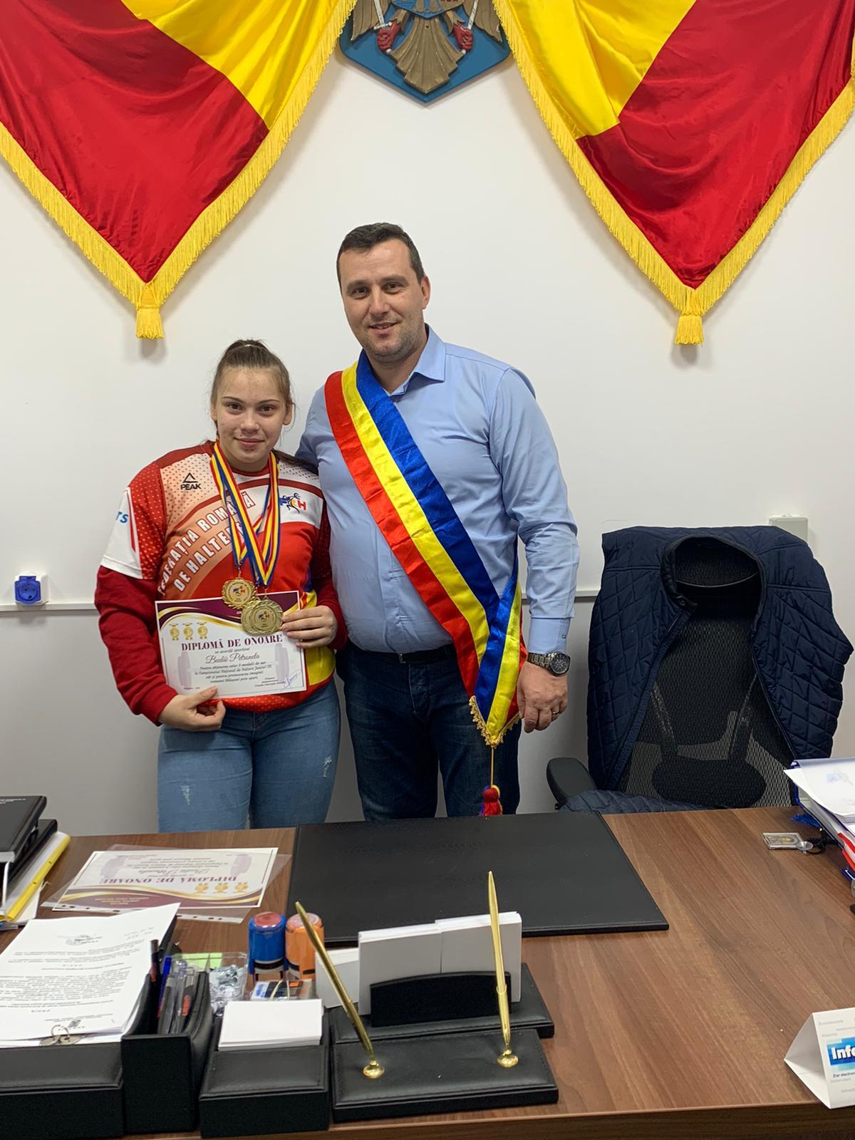 TRIPLA medaliată cu AUR din Baluseni premiată de conducerea Primăriei