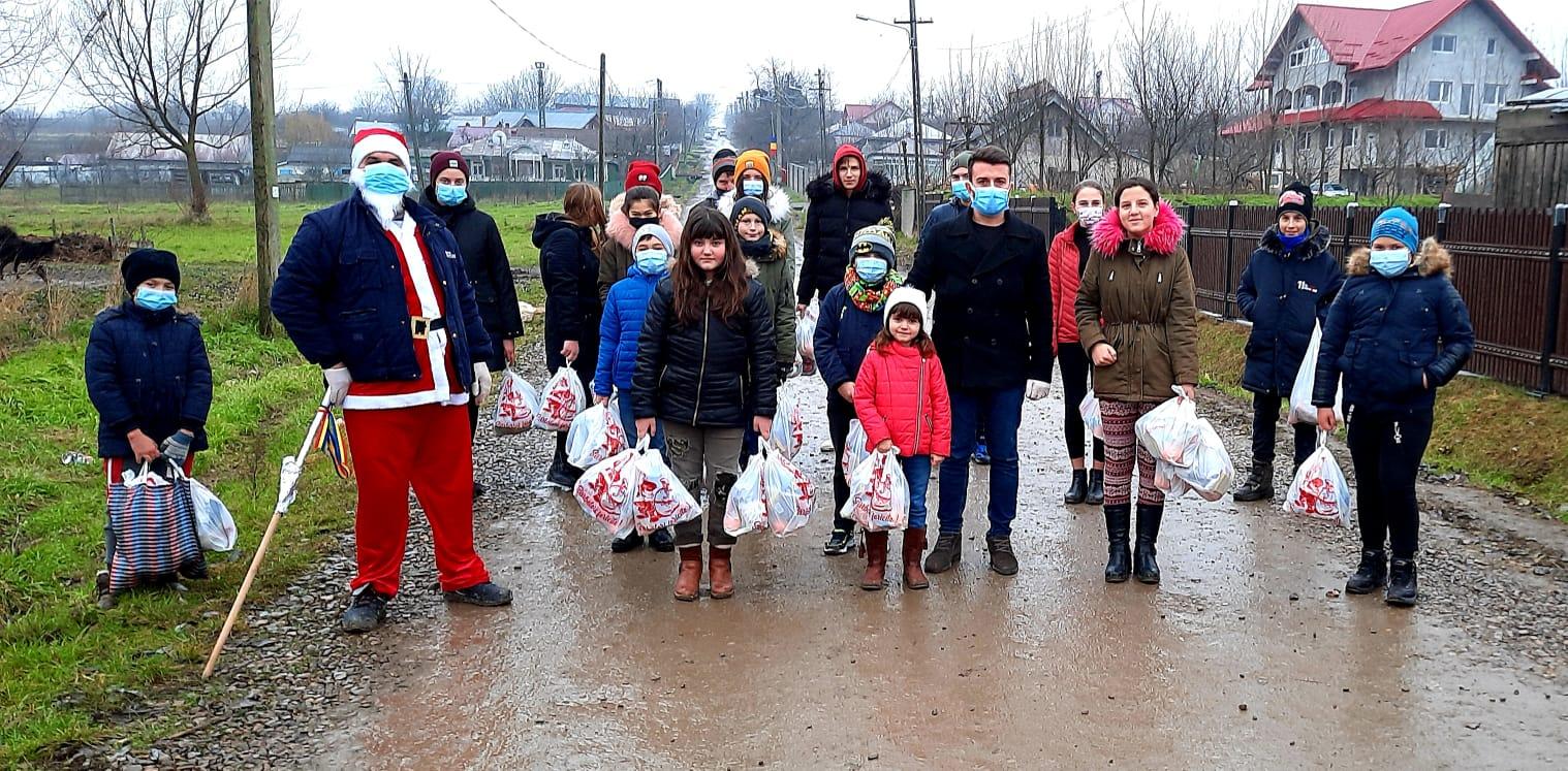 FOTO/  Magia Crăciunului a ajuns și la copiii din Gorbanesti