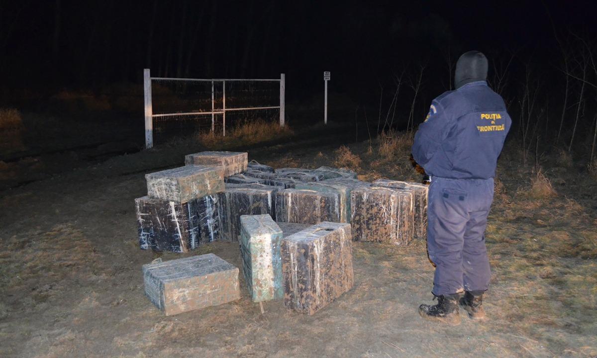Ţigări de contrabandă de peste 266.000 lei , reţinute cu focuri de armă la frontiera de est