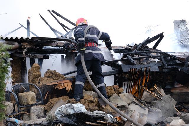 8 familii afectate de incendii în numai 4 zile