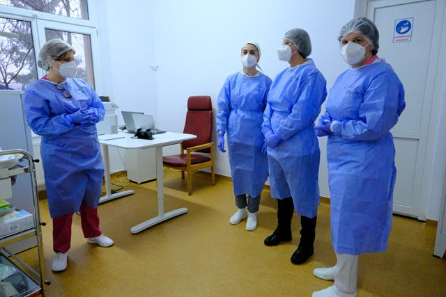 Se deschid centrele de vaccinare anti-Covid pentru populație