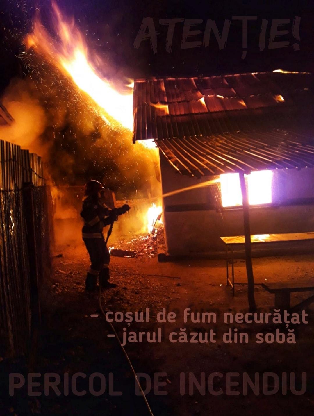 Locuințe distruse de flăcări