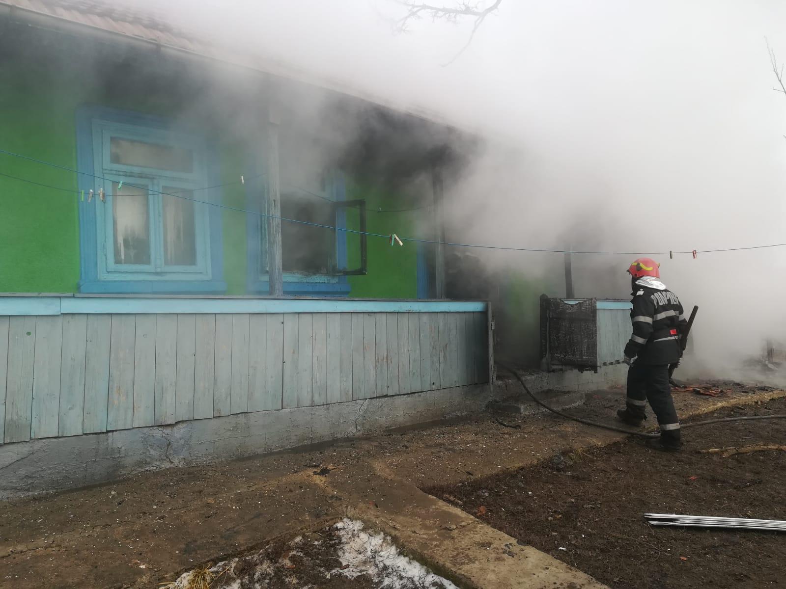 14 familii au rămas fără acoperiș deasupra capului, din cauza incendiilor