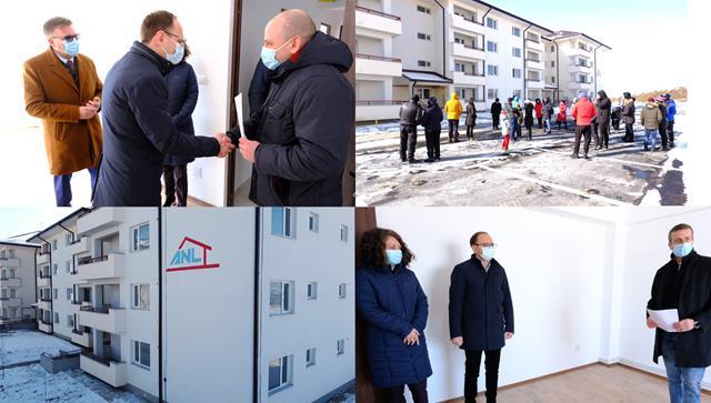 VIDEO/FOTO VIS împlinit pentru 40 de familii din municipiul Botoşani! Acestia au primit repartițiile pentru locuințele ANL