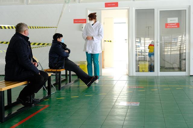 VIDEO/FOTO   SAVENI: A fost DESCHIS centrul de vaccinare ANTI COVID-19