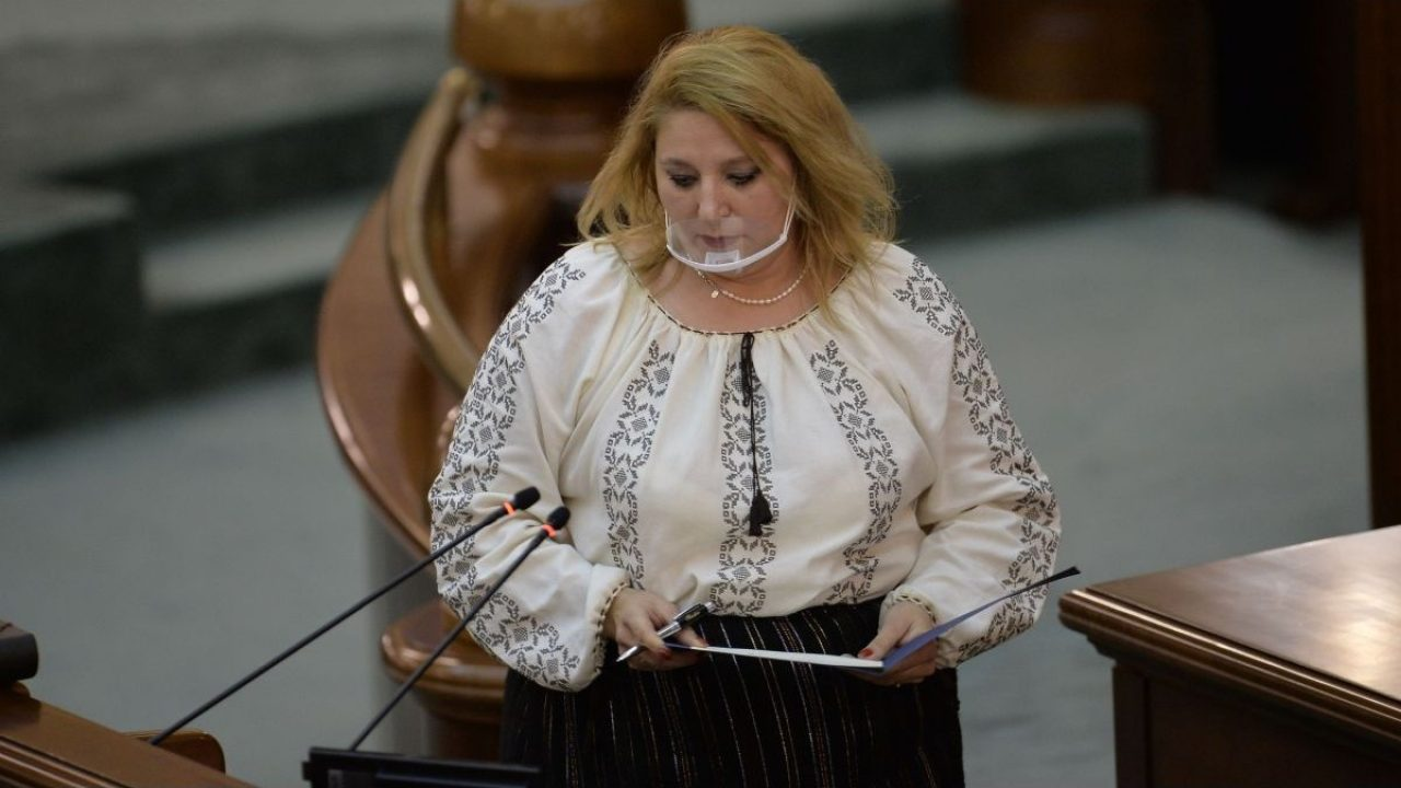 Diana Şoşoacă a fost exclusă din AUR