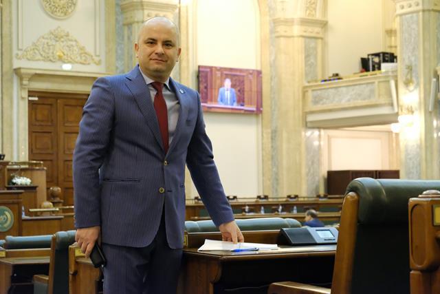 """Senator Lucian Trufin: """"Exportul românesc moare!"""""""