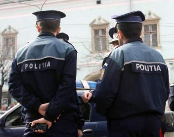 Peste 2000 de persoane legitimate de polițiști în cadrul acțiunilor de prevenire a efectelor pandemiei de COVID 19