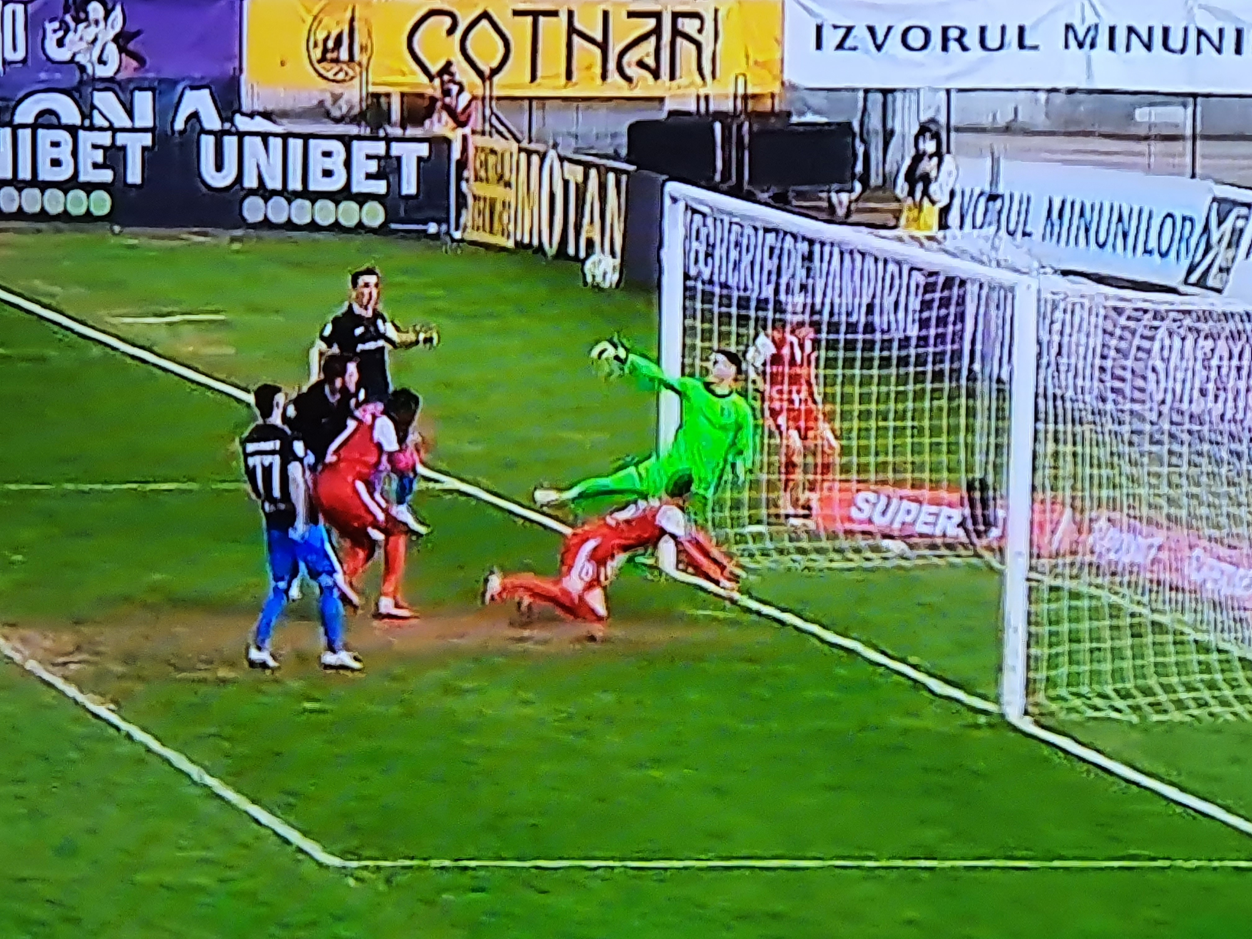 FC Botoșani – Viitorul 1-0.  Botosanenii tot mai aproape de PLAY-OFF!
