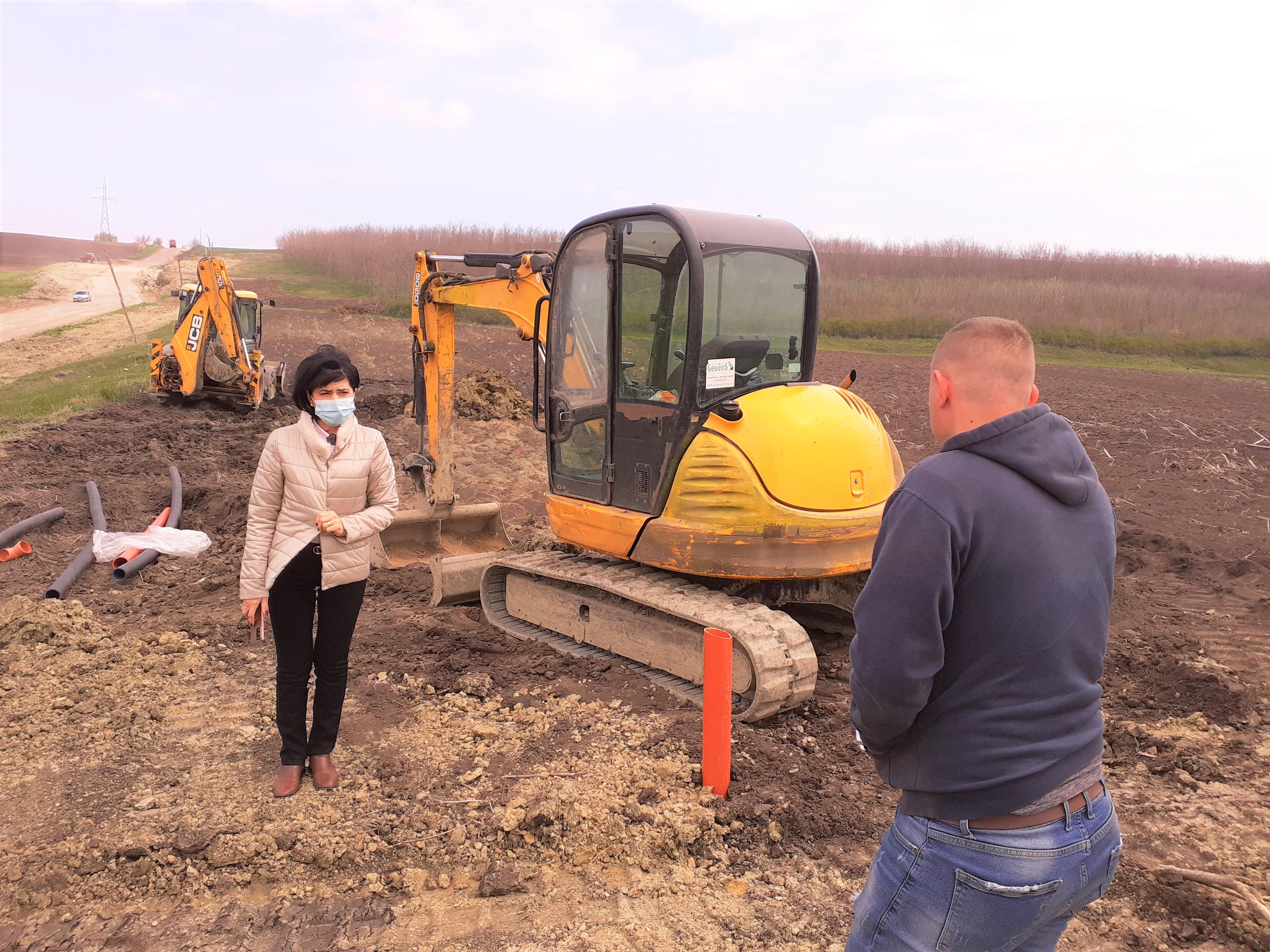 Ritm ridicat de lucru la alunecarea de teren de pe  DJ 293, Dumeni – Havârna