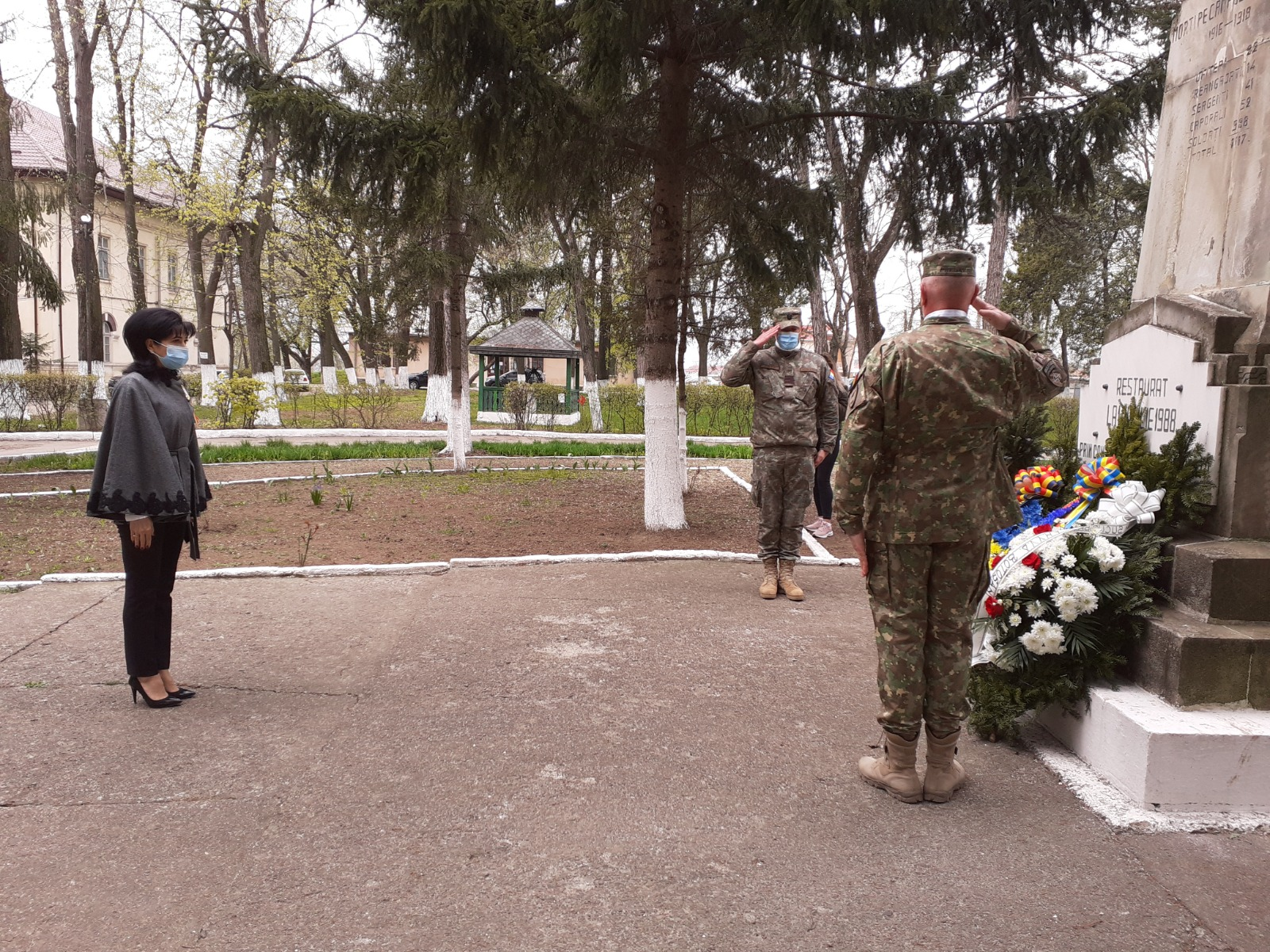 FOTO | Conducerea CJ a omagiat veteranii de război