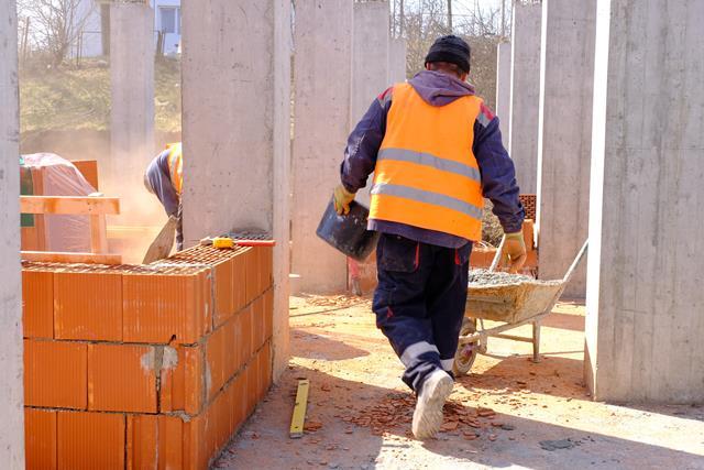 999 locuri de munca vancate puse la dispoziție de agenții economici la nivelul județului Botoșani!