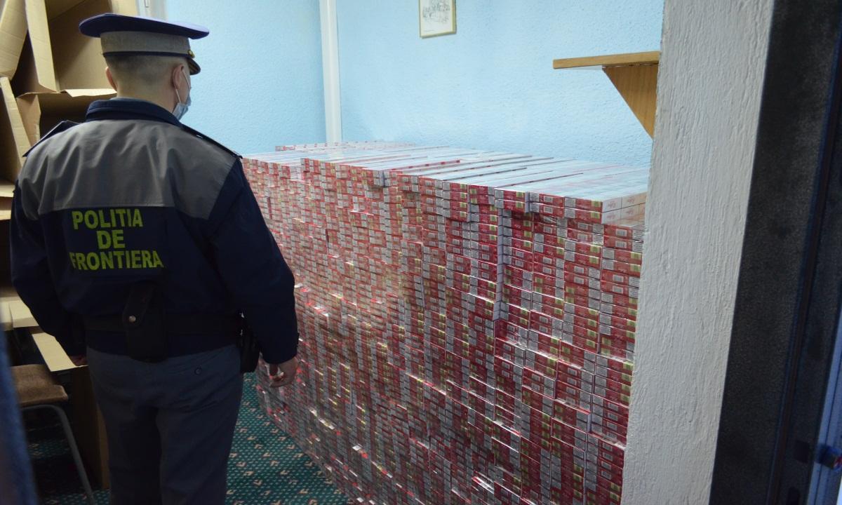 Mii de țigări de contrabandă, reținute de polițiștii de frontieră