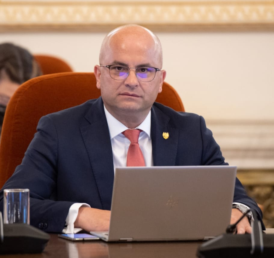"""Lucian Trufin: """"Reziliență și redresare pentru toți, mai puțin pentru Moldova!"""""""