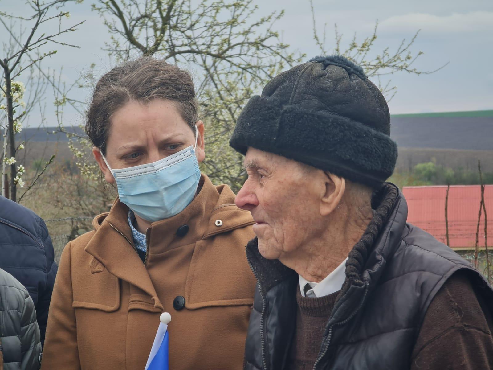 Deputatul Alexandra Huțu:Veteranii de război sunt eroii de lângă noi, sunt purtători de medalii, dar și de răni și suferințe