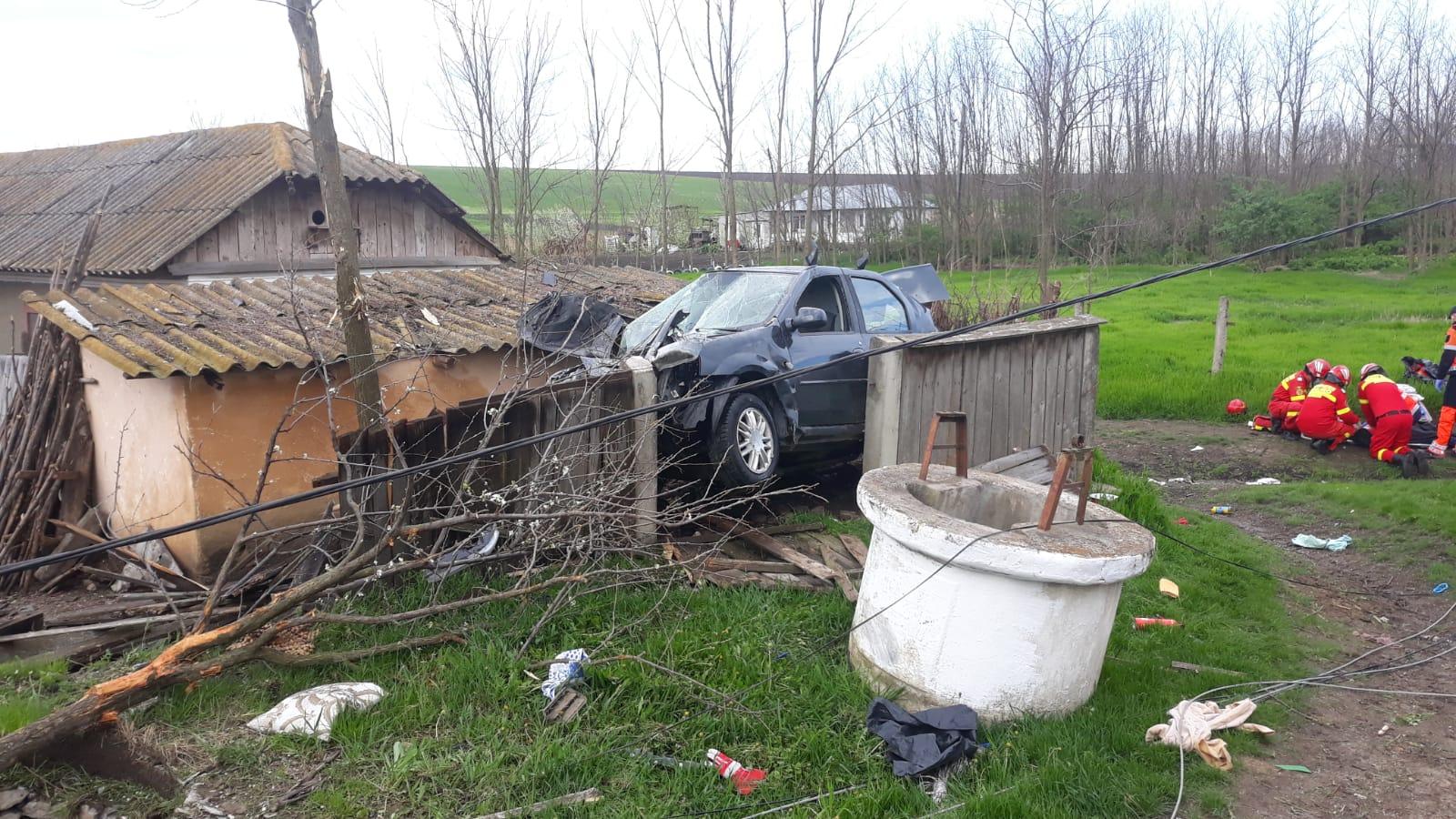 FOTO/  Grav accident, în această dimineață, pe raza comunei Santa Mare
