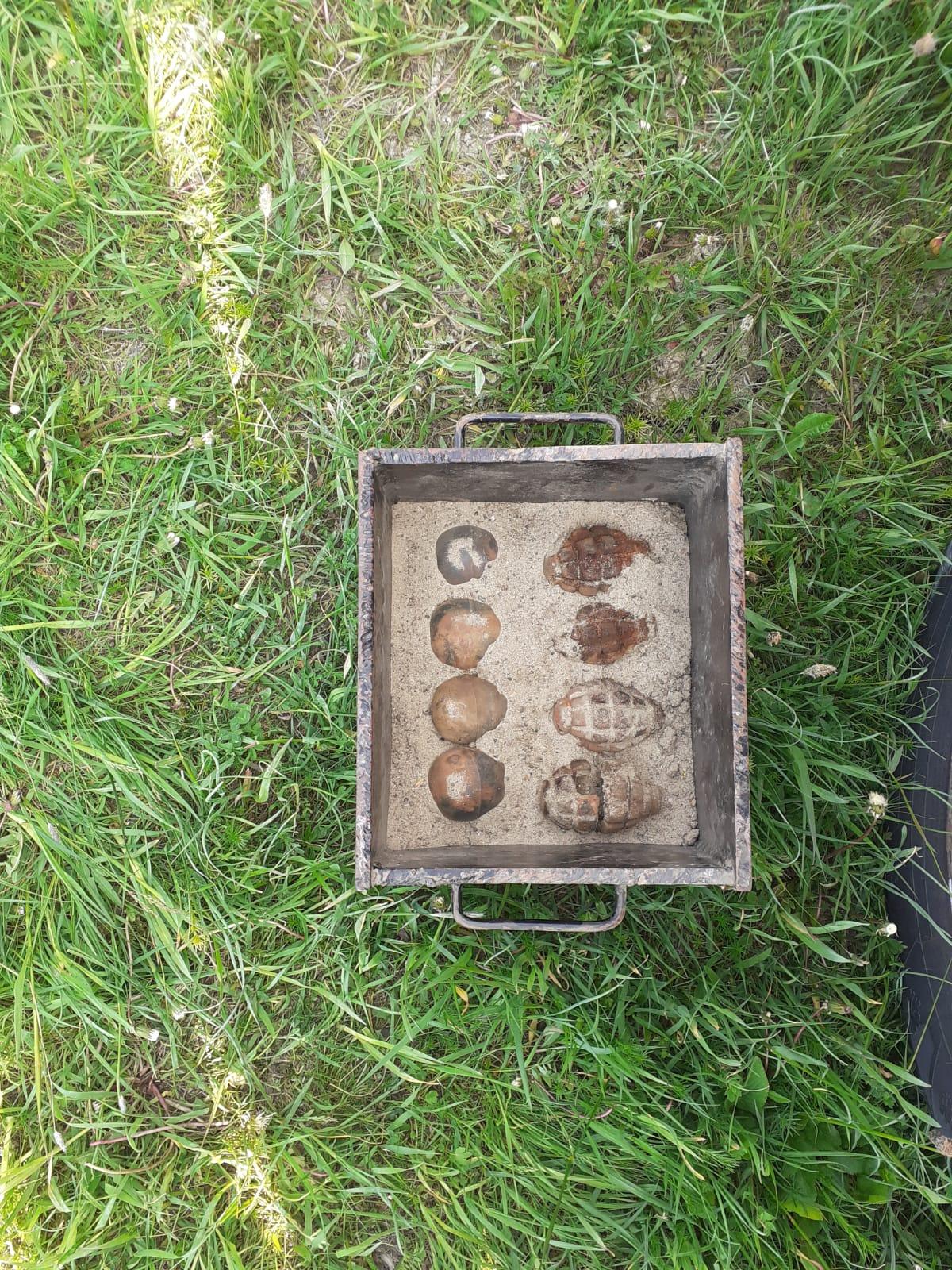 Mai multe grenade descoperire într-o clădire dezafectată