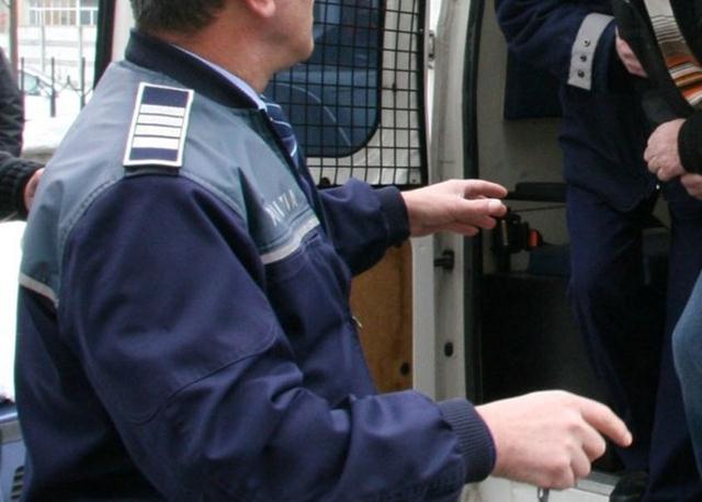 Arestat preventiv pentru mai multe infracțiuni. Cum încerca să ia oamenilor terenurile agricole