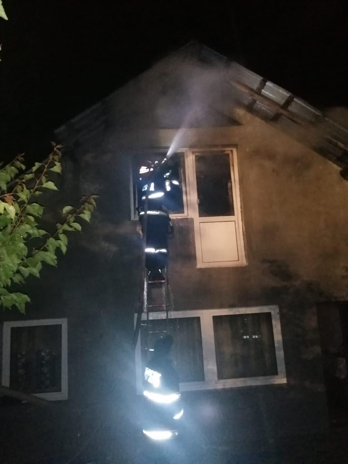 Incendiu generat de un coș de fum neizolat termic