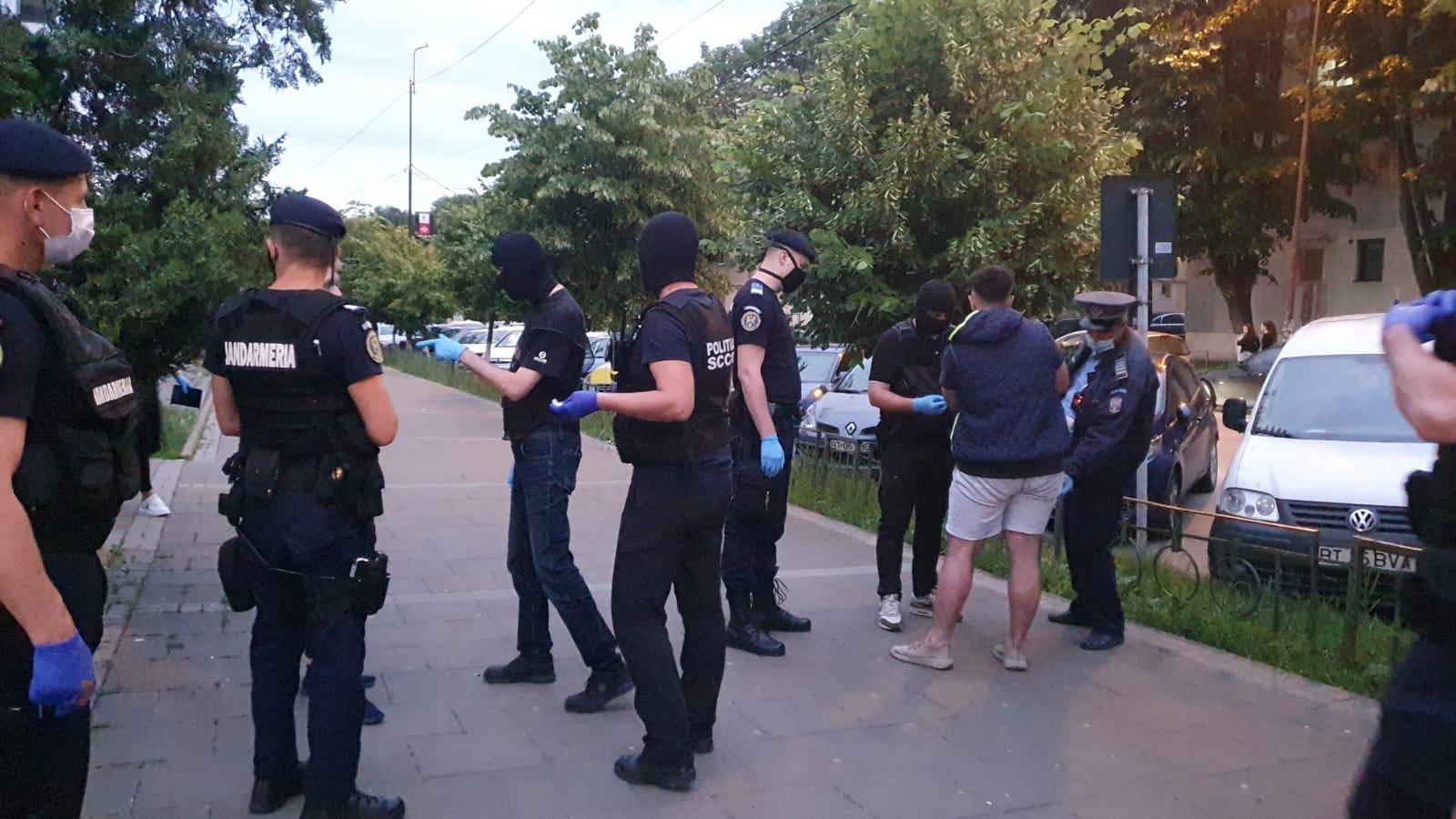 VIDEO/FOTO   Conducere sub influența alcoolului și droguri au descoperit polițiștii botoșăneni în razia efectuată aseară