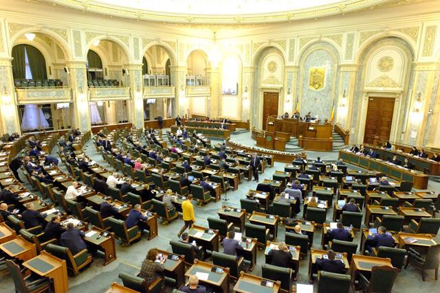 Moțiunea de cenzură depusă de PSD, dezbătută și votată, astăzi, în plenul reunit al Parlamentului
