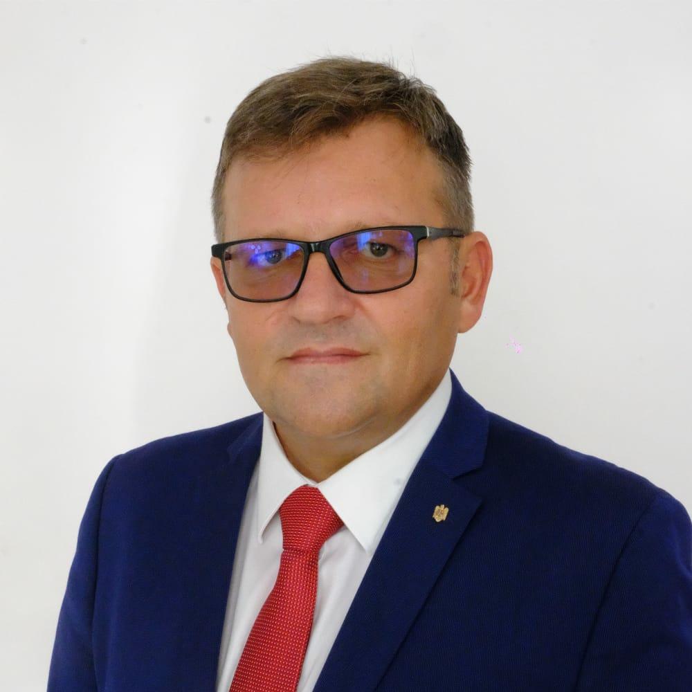 """Marius Budăi: """"Guvernul Dreptei a șters Botoșaniul și toată Moldova de pe harta investițiilor pentru următorii 5 ani"""""""