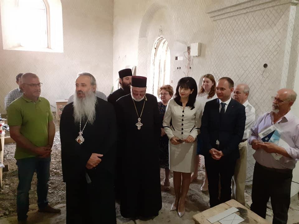IPS Teofan în vizită la biserica Sf. Gheorghe, aflată în reabilitare