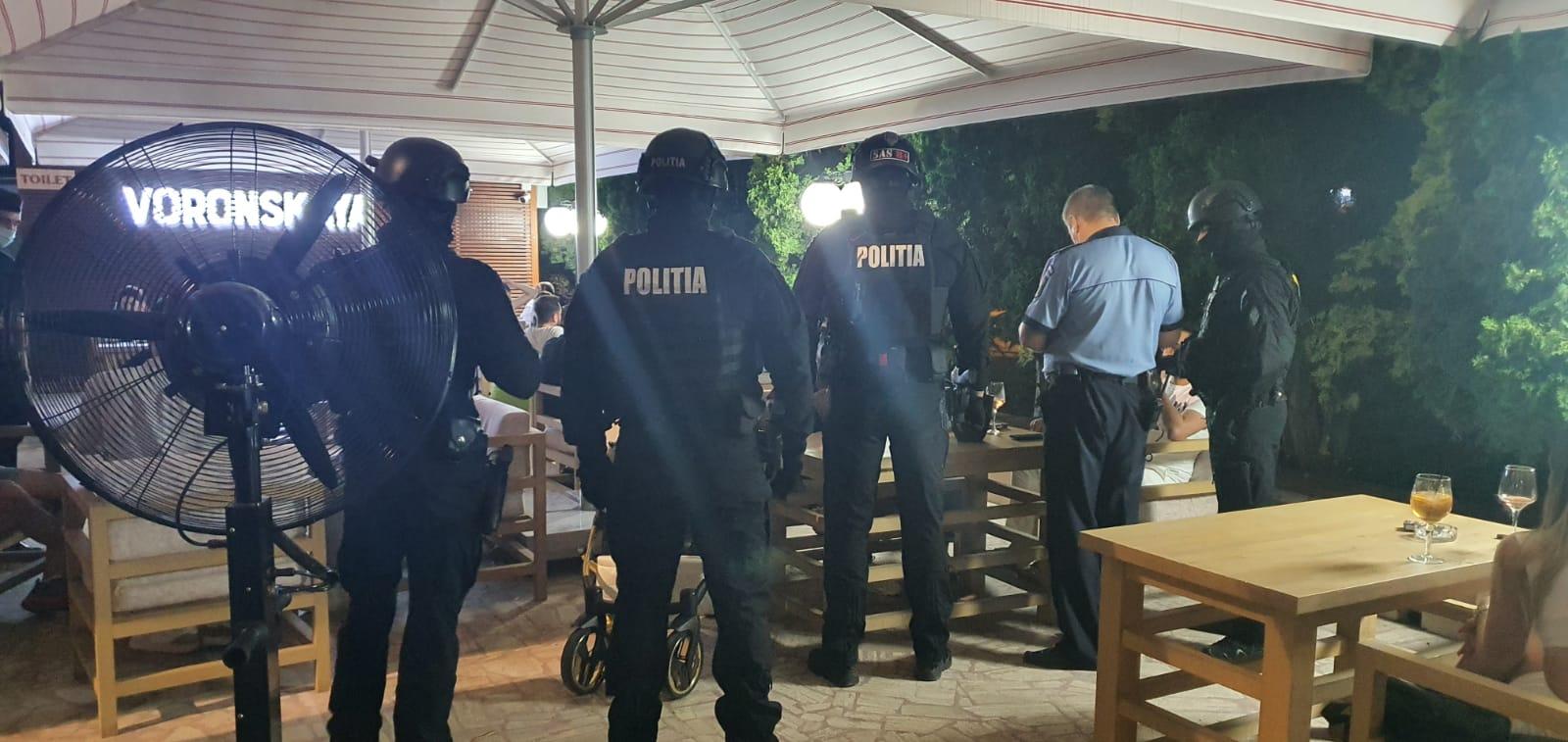 FOTO/  Razie cu zeci de polițiști pentru asigurarea unui climat corespunzător de ordine și siguranță publică