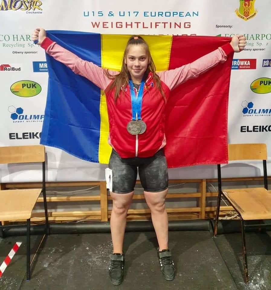 Petronela Budăi, sportiva legitimată la CS Botoșani, medaliata la Campionatele Europene de haltere