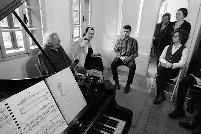 """VIDEO/FOTO   MIHĂILENI: """"Concerte pe Siret"""", în casa bunicilor lui George Enescu"""