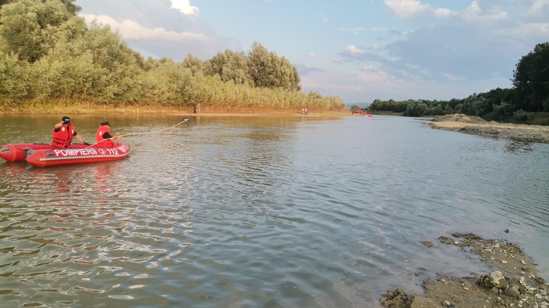 Tânăr de 16 ani înecat în Siret