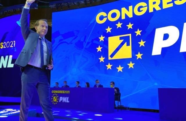 Florin Cîțu a câștigat alegerile pentru șefia PNL